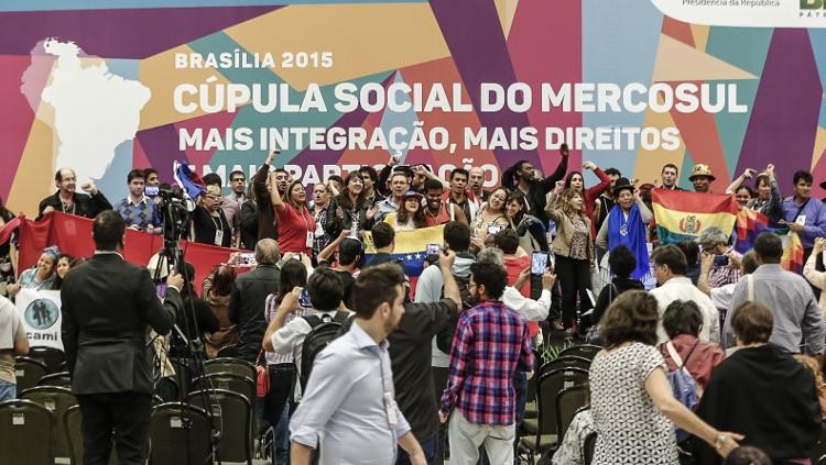 Declaración final de la Cumbre social del MERCOSUR de Brasilia (julio 2015)